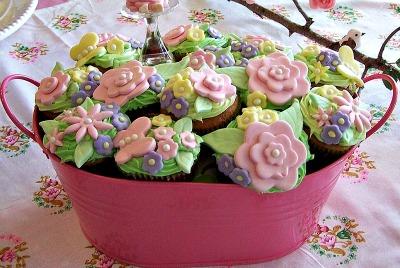 Caupcakes com flores